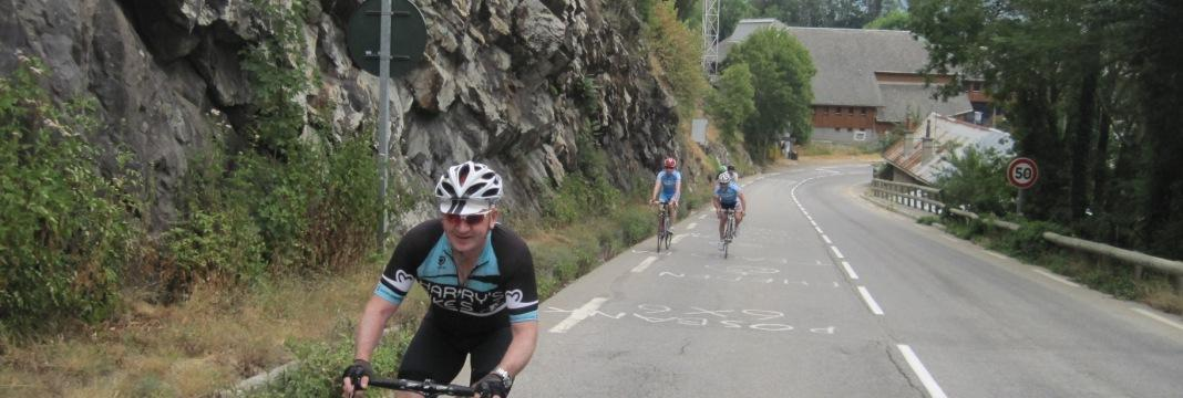 custom cycling tour SportActive Included